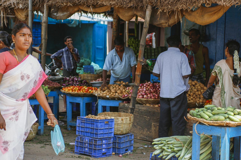 http://www.laetitiabotrel.com/wp-content/uploads/2017/01/MG_3342-Nagappatinam-market-laetitia-botrel-india-asia-slider.jpg